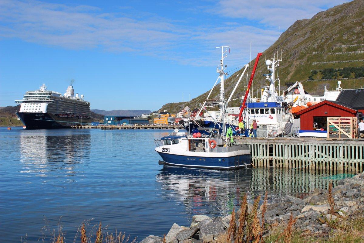Deler av Honningsvåg havn med skolens kaianlegg