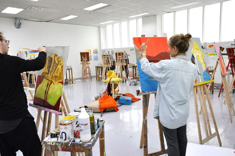 Kunstnere i arbeid